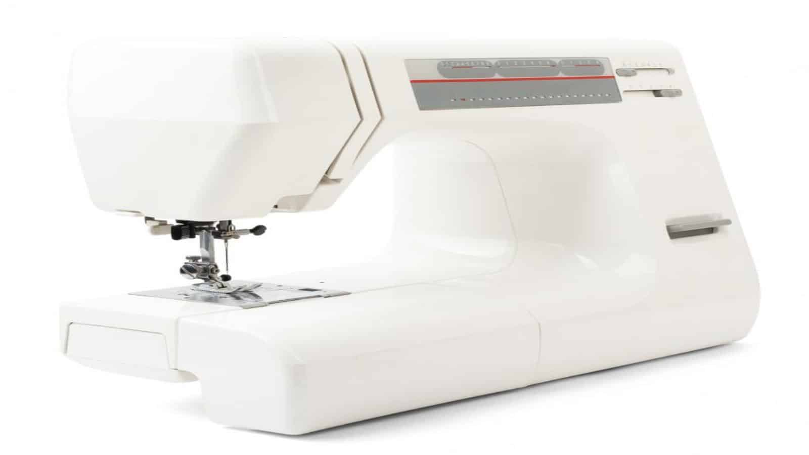5 Best Featherweight Sewing Machine Reviews ([fl_year ...