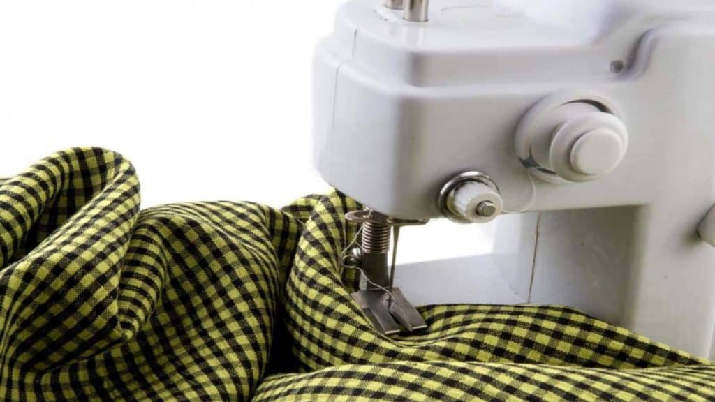 Best Easy-to-Use Sewing Machines