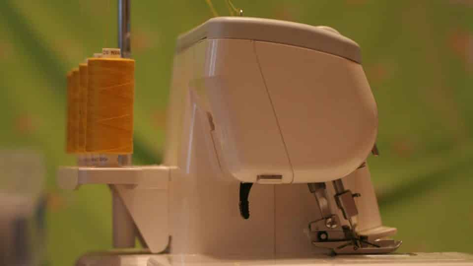 how does a serger work